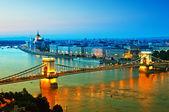 Budapest városkép éjjel