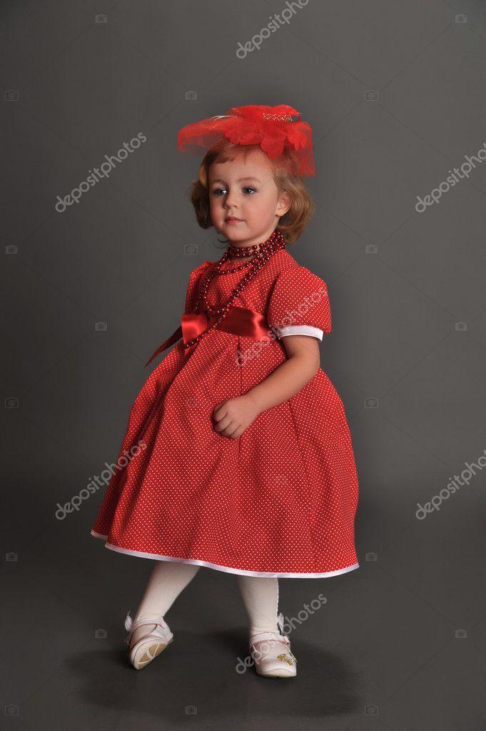 Девушка в красном платье в фото, эротика фото полнинки и пишних девушки