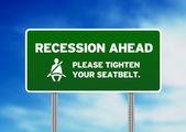 grünes Verkehrszeichen - Rezession steht bevor
