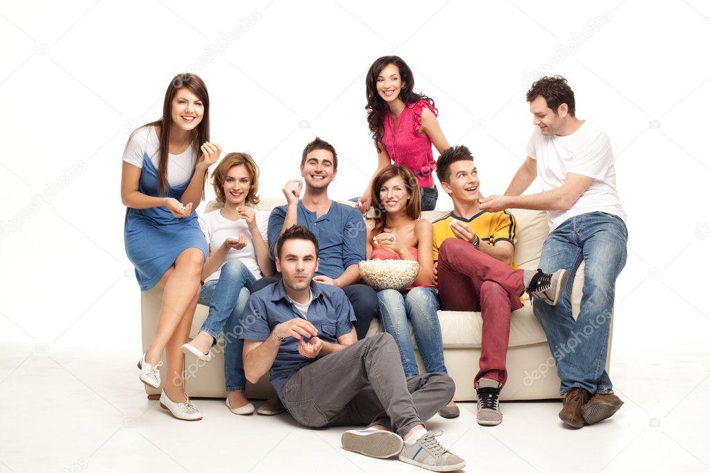 молодежь на диване наиболее