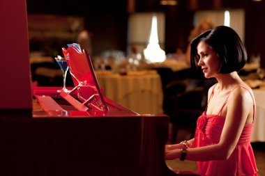Lady playing the piano