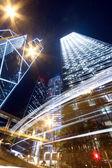 Fényképek drámai és forgalmas forgalmat hong kong éjjel