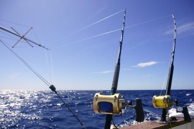 Big game boat fishing in deep sea