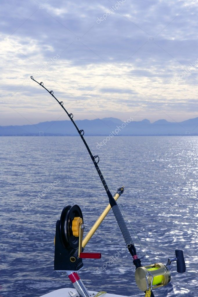 Downrigger boat gear saltwater trolling tackle — Stock Photo