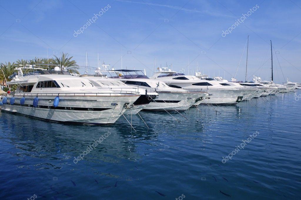 Maiorca Porto Portals marina yacht