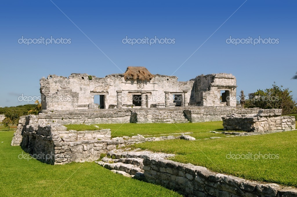 Mayan ruins at Tulum Mexico monuments
