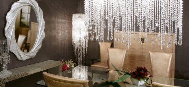 Dining room crystal lamp golden chairs