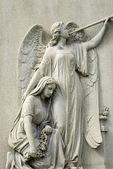 Mramorová socha smutek žena a angel