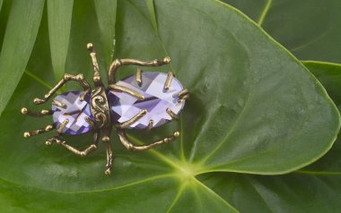 Vintage brooch with gems