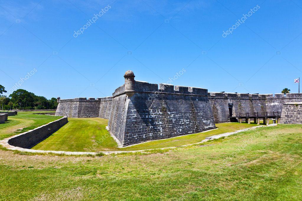 Castillo de San Marco - ancient fort in st. augustine florida ...