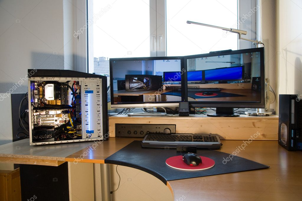 PC Personal computer with 2 flat screens, modding and picture of