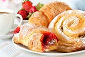 Fotografie kontinentální snídaně