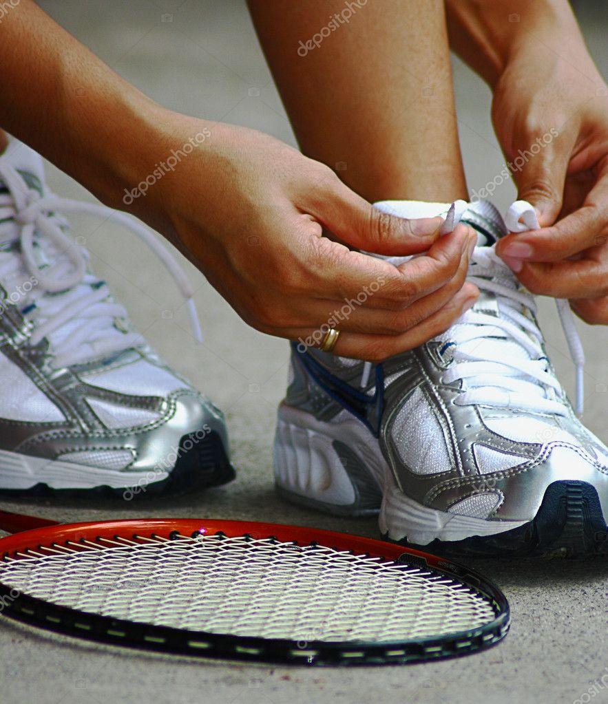 Partido Cordones Un De — Bádminton Para Atar Zapatos Los Fotos CQsdxthr