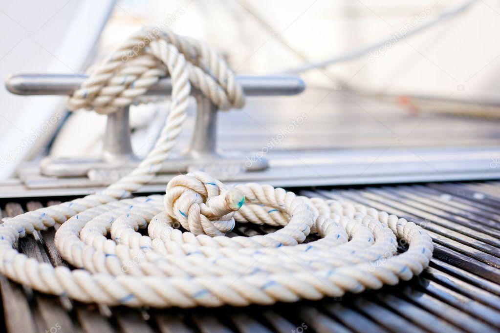 Corda di ormeggio nautico