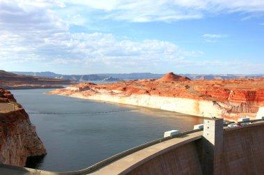 Glen Canyon Dam & lake, South Utah