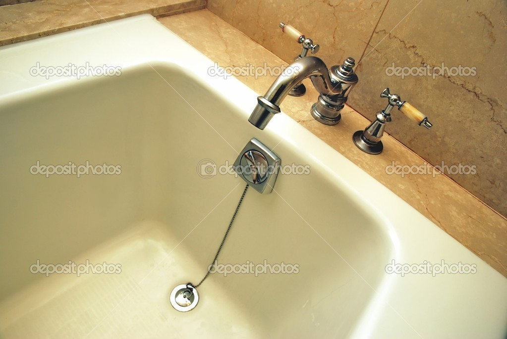 Vasca Da Bagno Relax : Vasca per spa e relax u2014 foto stock © gnohz #5856781