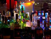színes üvegek