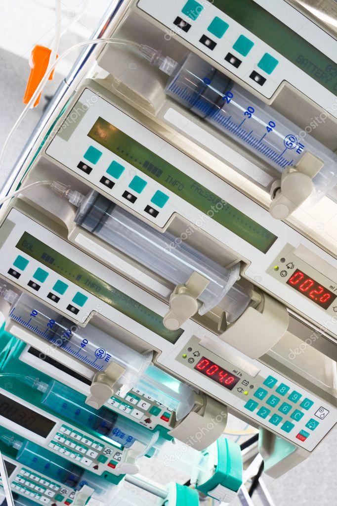 Syringe pumps in intensive care unit