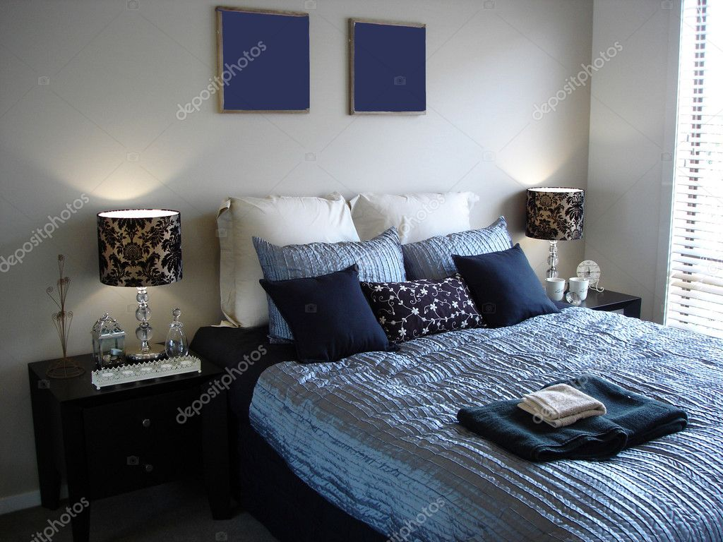 Luxurious Master Bedroom in Blues