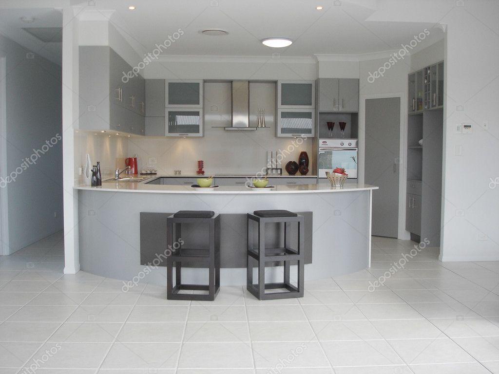 ger umige offene k che mit fr hst cksbar stockfoto scarfe 6502677. Black Bedroom Furniture Sets. Home Design Ideas