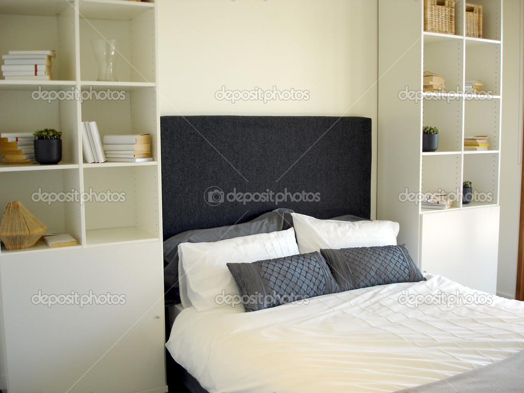chambre avec placard int gr photographie scarfe 6509428. Black Bedroom Furniture Sets. Home Design Ideas