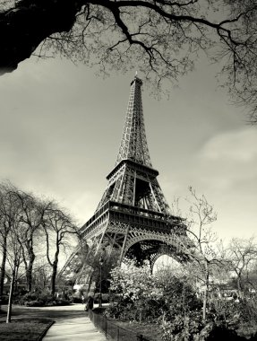 Old time eiffel tower view