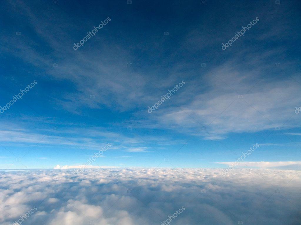 Voar acima das nuvens stock photo andylimdotcom 6146572 voar acima das nuvens fotografia de stock thecheapjerseys Choice Image
