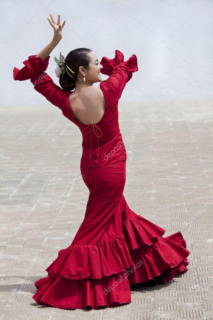 Danseuse De Flamenco Espagnole Traditionnelle Femme En Robe Rouge