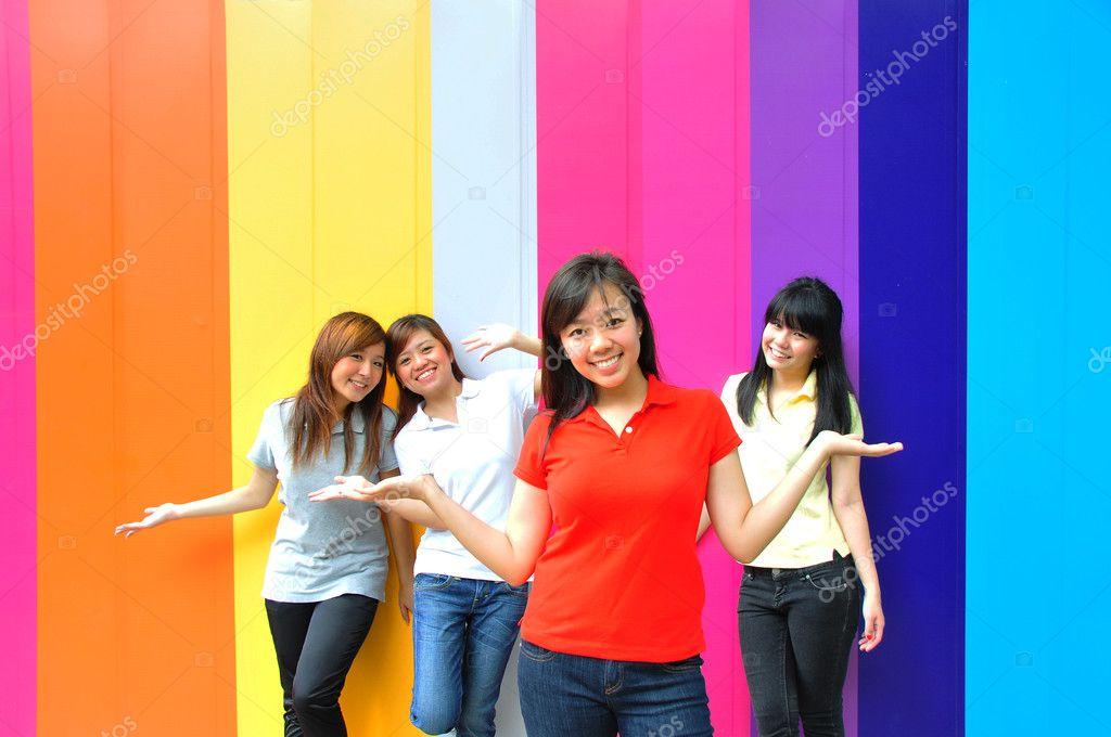 teen-clip-asian-fun-girls-vivi-fernandes