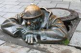 Fotografie muž v práci sochařství