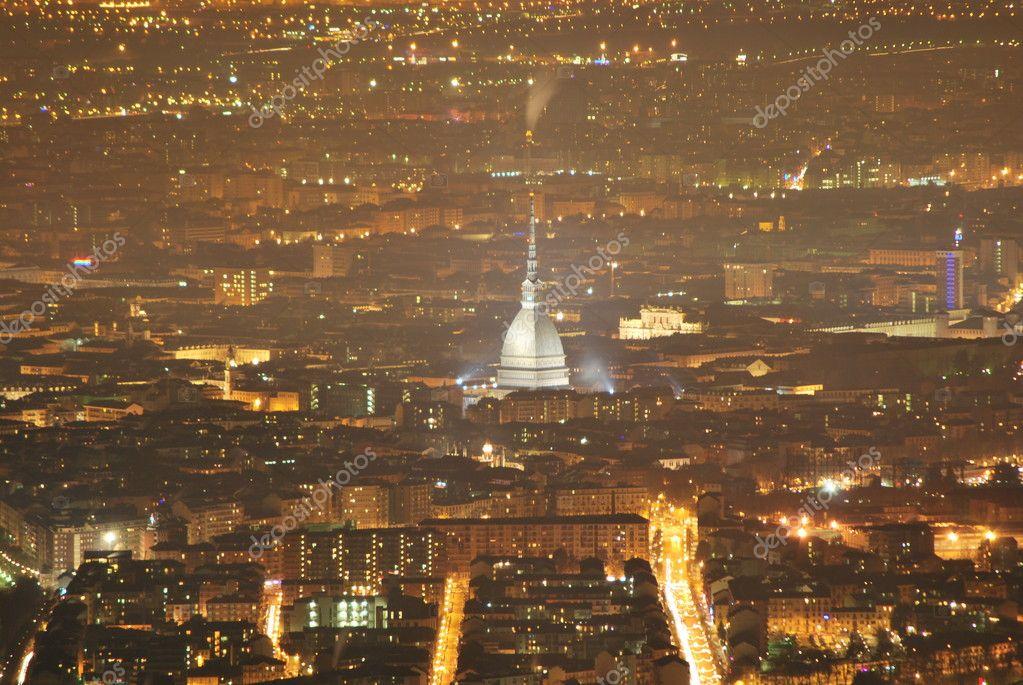 Paysage de nuit de Turin de superga — Photo #6599397