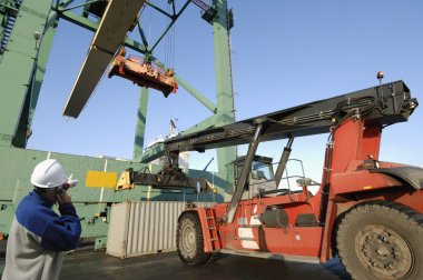 Port, worker and forklifts