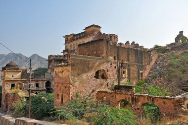 Abandoned houses in Jaipur