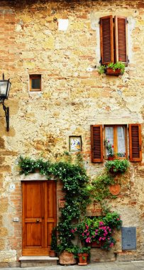 Facade of an old house, Tuscany, Italy stock vector