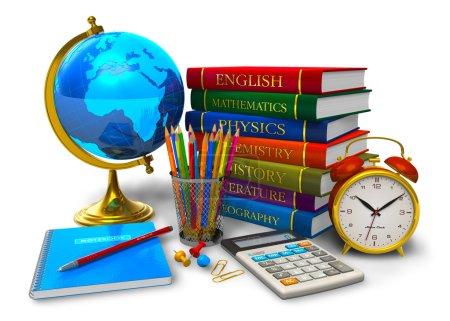 Photo pour Éducation et concept de retour à l'école : pile de manuels scolaires, globe de bureau, calculatrice et autres objets scolaires / collégiaux isolés sur fond blanc - image libre de droit