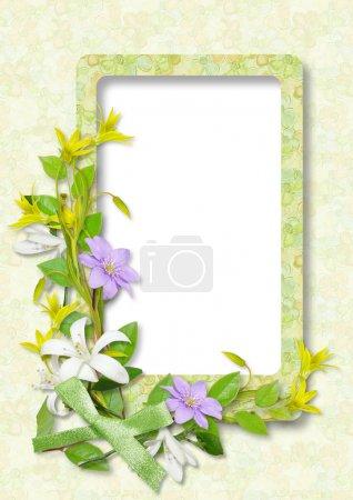Photo pour Fond pastel avec fleurs et espace pour le texte ou la photo - image libre de droit