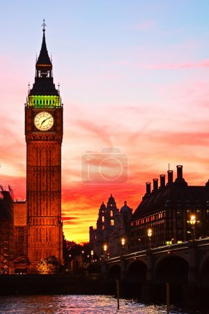 Photo for Dramatic sunset over famous Big Ben clock tower in London, UK. - Royalty Free Image