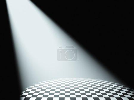 Photo pour Lumière blanche volumétrique. Rayons de lumière provenant des projecteurs sur une surface - image libre de droit