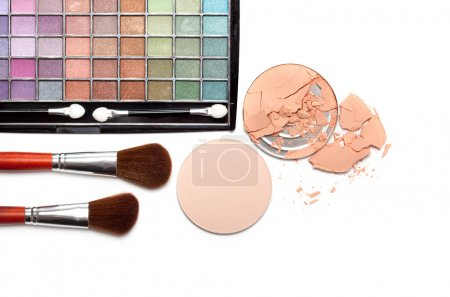 Make up - brushes and eye shadows palette