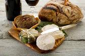 Számos francia sajt