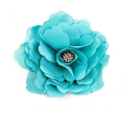 Photo pour Fleur en tissu turquoise isolée sur fond blanc - image libre de droit