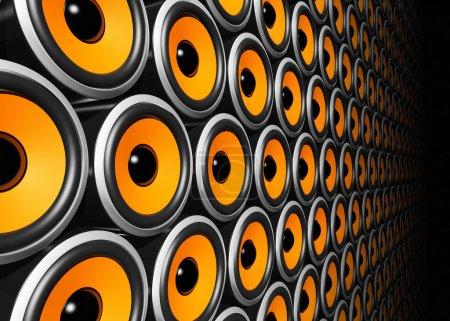 Photo pour Haut-parleurs tridimensionnels orange mur - image libre de droit