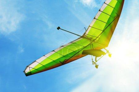 Photo pour Deltaplane - image libre de droit