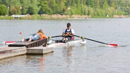 Rowing start