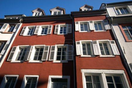 Photo pour Vieilles façades, Salzbourg, Autriche - image libre de droit