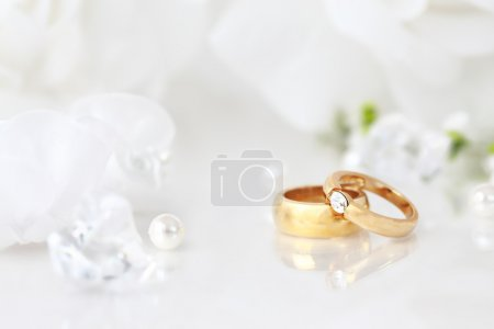 Photo for Wedding still life with beautiful golden rings and bouquet - Royalty Free Image