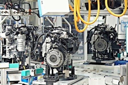 Photo pour Pièces de fabrication pour moteur de voiture - image libre de droit