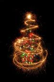 Vánoční strom z světluškami