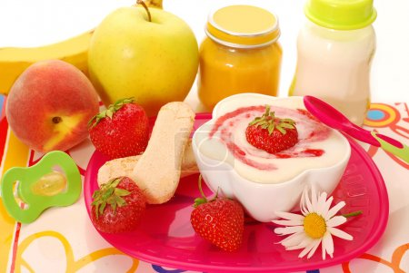 Semolina dessert and other baby food