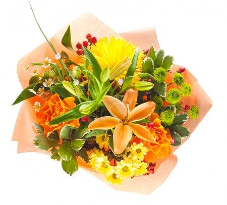 Photo pour Bouquet coloré de fleurs isolé sur fond blanc - image libre de droit